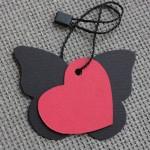 etiqueta mariposa cartón combinada corazon