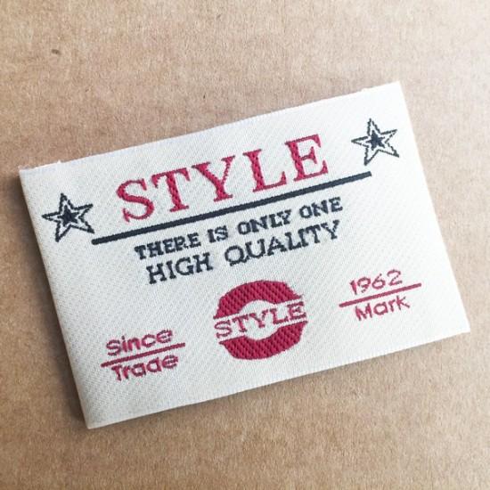 Etiqueta bordada standar