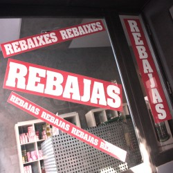 "CARTELES ""REBAIXES"" ESCAPARATES"
