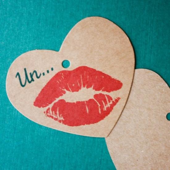 etiqueta colgante kraft para regalos - Un beso
