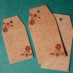 etiqueta colgante kraft para regalos flores